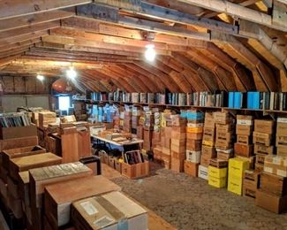 Over 30,000 vehicle brochures and vehicle literature from 1940-present. Will be sold in bulk and individually. A great opportunity for dealers and ebay sellers.