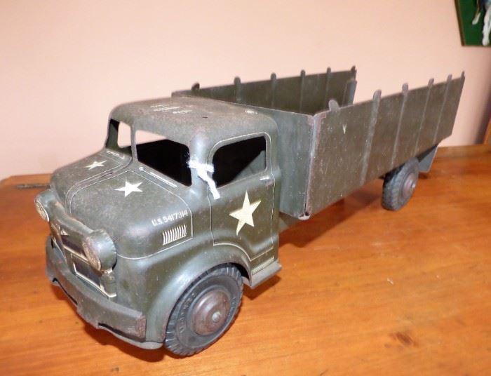 Vintage Marx Military Troop Carrier