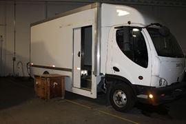 Electric box truck