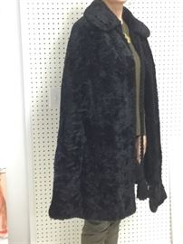Curl lamb cape size 6 to 10