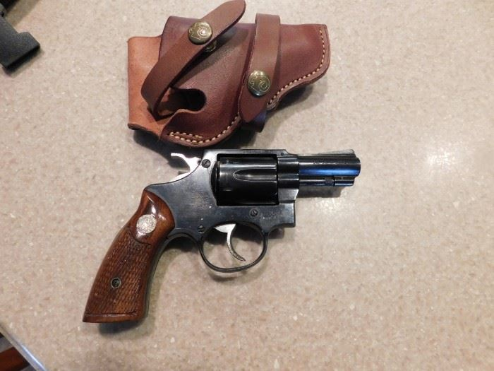 I.N.A. Tiger Special 32 Revolver(Permit or Concealed and Carry Required)