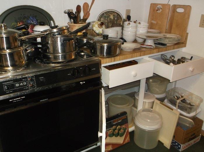 More kitchenwares