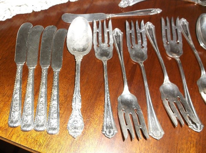 """Windsor Rose"" butter spreaders, ""King Edward"" spoon, "" Quincy"" dessert forks"
