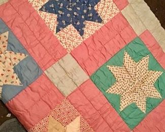 really nice Vintage Quilt