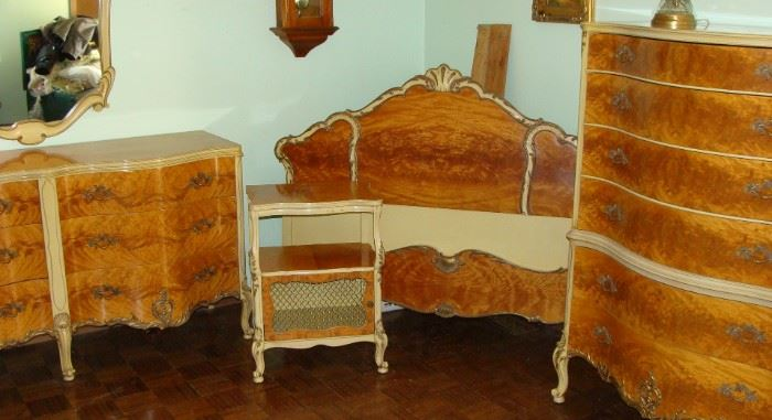 Romweber serpentine burl wood maple Country French full size bedroom set