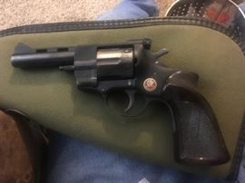 """Arminian 38 Special with bag.  This used Arminius HW38 revolver fires the .38spl round. It has a 4"""" barrel with an overall blued finish. This 6 shot revolver has adjustable rear sights and a vented rib. Made in Germany,"""
