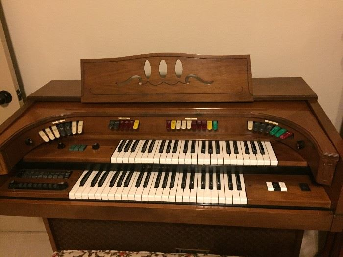 1970 Lowry Organ  from  with bench