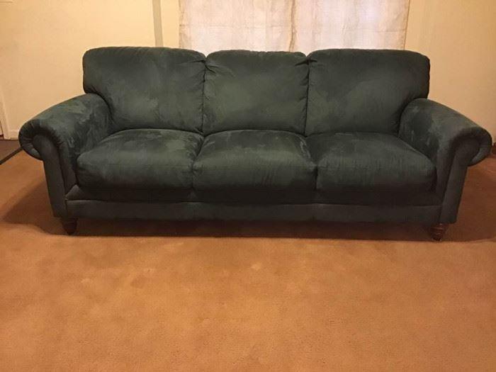 NATUZZI sofa https://ctbids.com/#!/description/share/98827