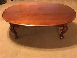 Oval coffee table https://ctbids.com/#!/description/share/98828