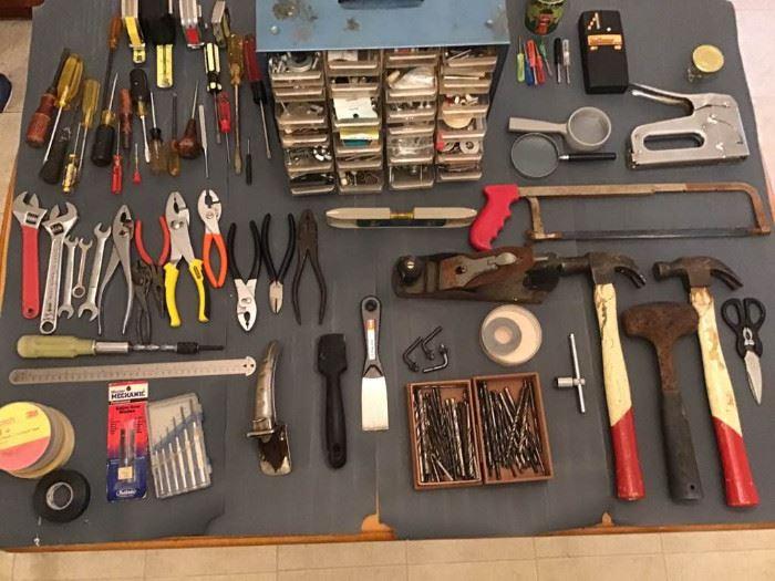 Assortment of tools https://ctbids.com/#!/description/share/98829
