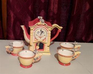 Dept. 56 Hickory Dickory Dock Tea set