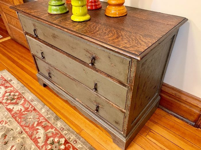 This perfectly sized 3 drawer dresser has been professionally refinished.