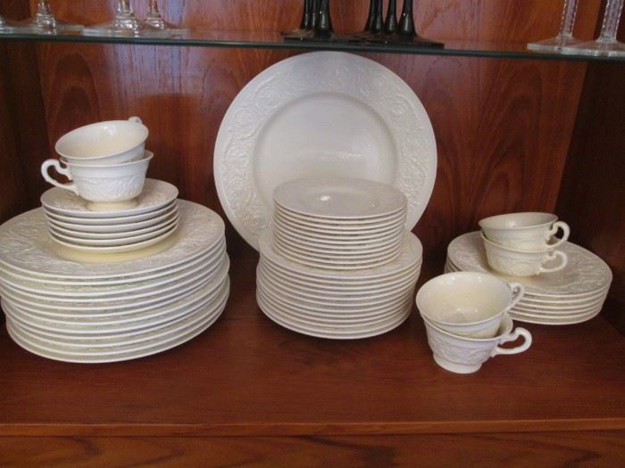 """Wedgwood China Set """"Patrician"""", Made in England"""