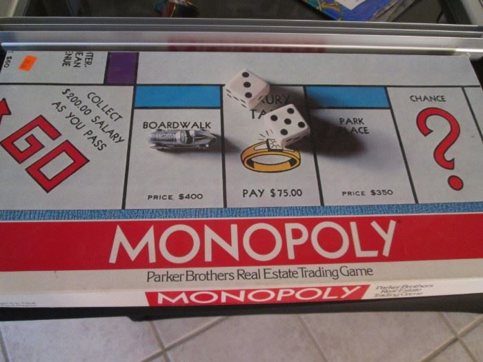 Vintage Monopoly in Excellent Condition