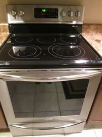 Frigidaire Gallery Electric Stove