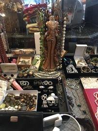 Quality Costume Jewelry & Fine Jewelry