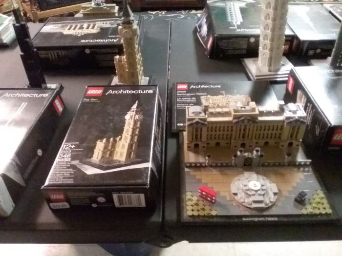 Buckingham Palace and Big Ben LEGO Architecture Sets