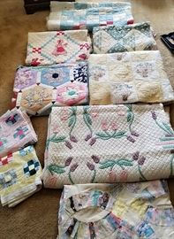 Many beautiful Vintage Quilts