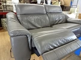 Electric Reclining Sofa/Loveseat