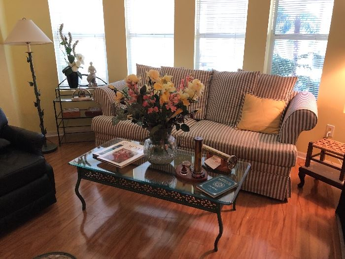 3 piece matching set includes coffee table, floor lamp and shelf