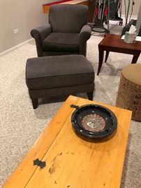 Chair/Ottoman