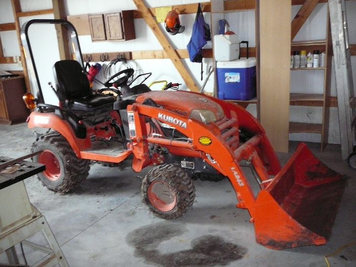 2012 Kubota BX 2660 4wheel Drive Diesel Tractor with Front loader - 246 hours