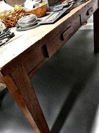 A Pretty Fabulous Work Bench/Table...