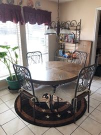 Round Top Country Style Kitchen Table with Chairs