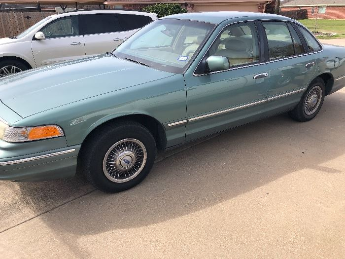 1997 Ford Crown Victoria Automobile (Sedan) 120,000 Miles in great condition!