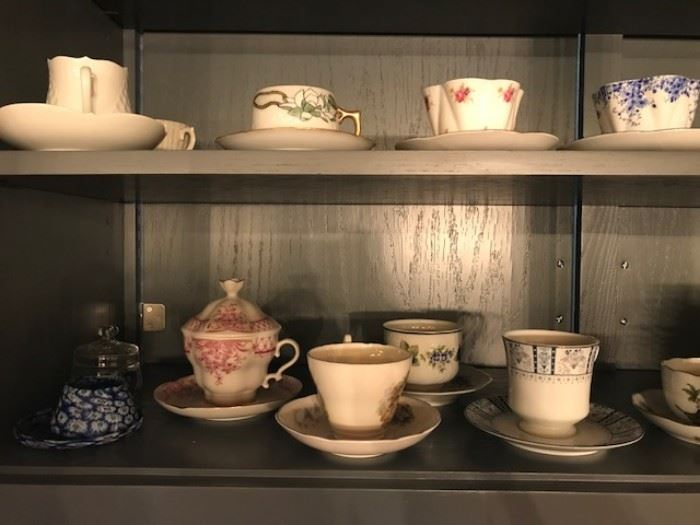 bone china tea cups and saucers