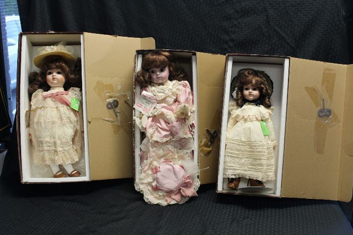 Gorham musical dolls