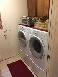 Front load washer and dryer whirlpool duet