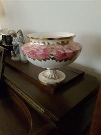 Vintage Flower Gold Trimmed Pottery