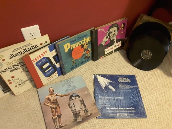 Collection of records for the Victrola. Two Star Wars Albums.