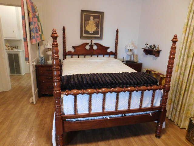 Lillian Russell Full Bed