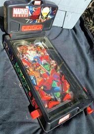ESS003 Marvel Heroes Pinball Machine
