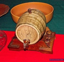 Ceramic Beer Keg Whiskey Bottle with Shot Glasses