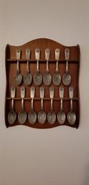 Franklin Mint pewter 13 colonies collector spoons.