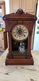 Antique William L. Gilbert clock made in Winstead Connecticut.