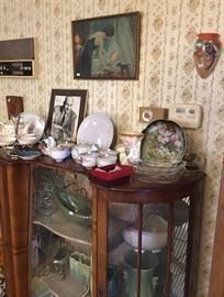 Antique Double Door Mirrored Curio Cabinet w/ Key