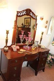 bedroom antqiue vanity