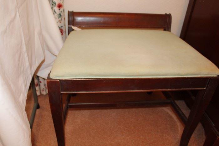 bedroom vanity stool