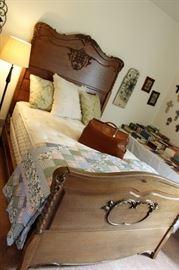 furniture antique full bed