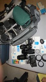 Minolta X-700 Set – includes Flash 280FX - Macro 100mm. MD Zoom 55mm, Standard 50mm & 28mm, Camera Case, 3 hoods, Filter, Manuals