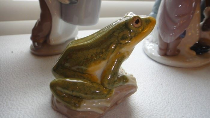 Lladro Frog