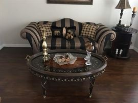 Beautiful Sofa and Spectacular Decorative Table