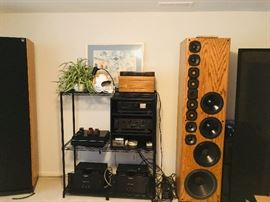 High end stereo electronic equipment - like new!! mission 775 SM turntable  Nakamichi OMS-5A CD player Audio Research SP-9 Pre-Amp Nitty Gritty record cleaning machine Pair of Audio Research Classic 120 Power Amplifiers Pair of VMPS  Super Tower III speakers custom rack and stands for all equipment