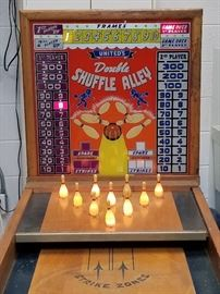"""1949 United Mfg. """"Double Shuffle Alley"""" puck bowling machine"""