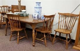 Sprague Carleton Maple dining set