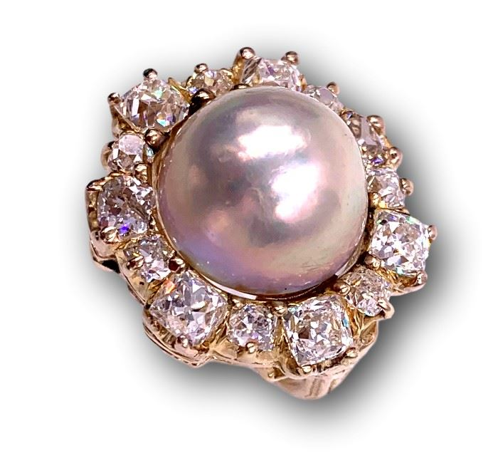 This huge Mabe pearl and diamond ring will be for sale this Saturday! More than 5 carats of old rose cut diamonds!